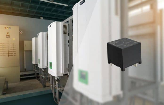 Relè a bassa dissipazione supporta l'efficienza dei compensatori di potenza